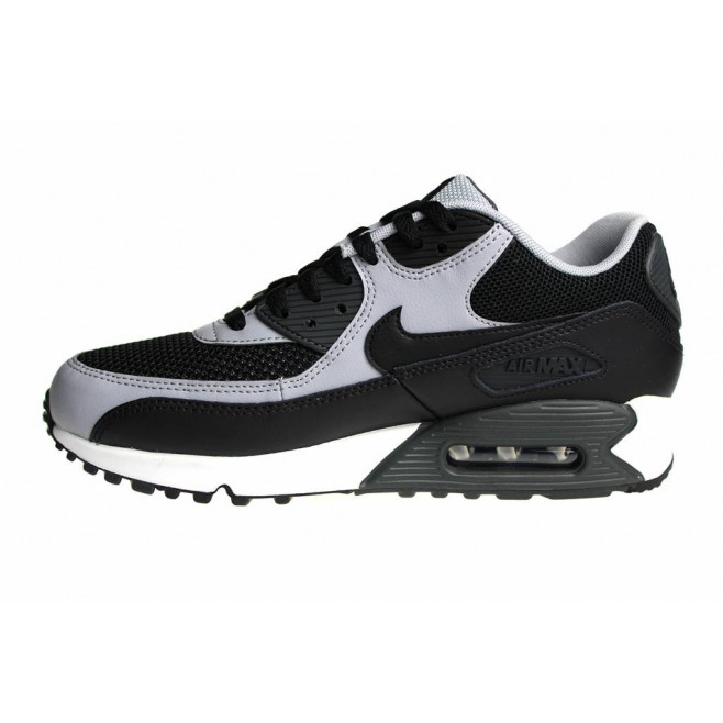 Basket Nike Air Max 90 Essential Ref. 537384 053 DownTownStock.Com