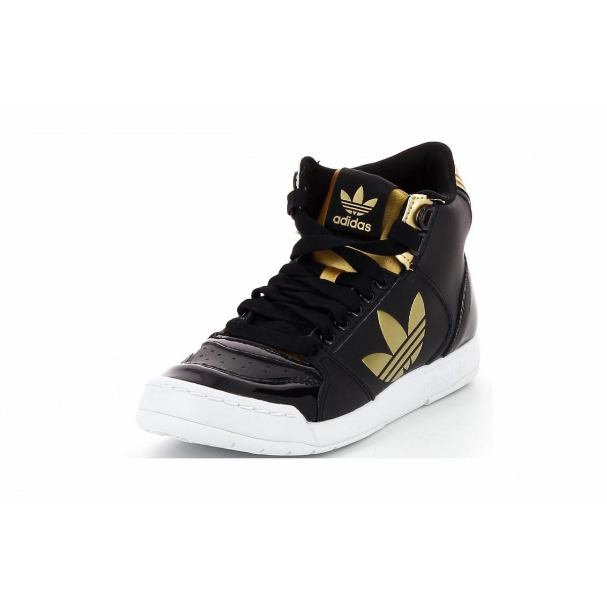 chaussure montante noire et or adidas femme